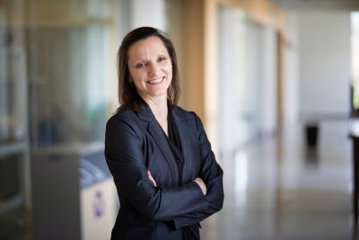 Portrait photo of College of Engineering Outstanding Faculty Mentor Holly Matusovich by Peter Means